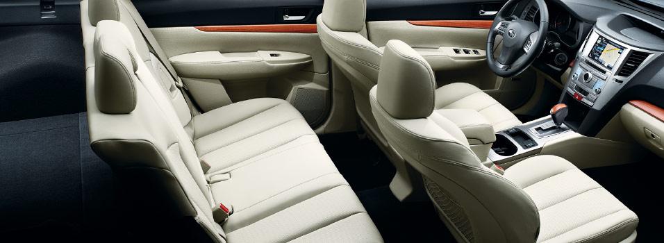 Interior 2014 Outback Subaru Canada