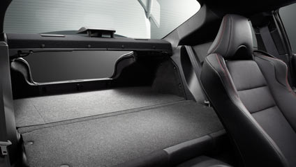 Subaru BRZ 2015 Flat-Folding Rear Seats