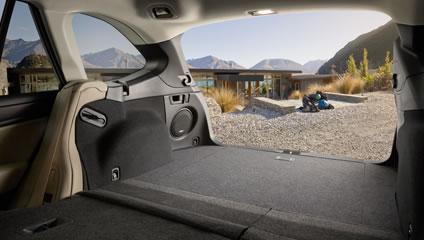 2015 subaru outback interior cargo. space comfort and convenience to spare 2015 subaru outback interior cargo