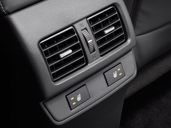2016 Subaru Legacy Rear Seat Cooling Vents
