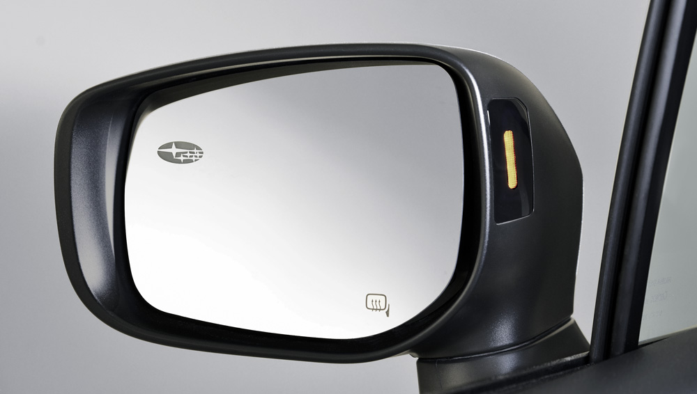 2019 Subaru Outback Auto-dimming Side Mirror with Approach Lighting