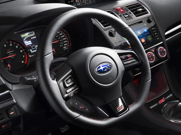 2019 Leather-Wrapped Small-Diameter Flat-Bottom Steering Wheel